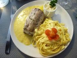 comment cuisiner la saumonette saumonette au beurre blanc et tagliatelles fraîches cuisine
