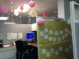 Cubicle Decoration Themes For New Year by Bday Birthday Cubicle Decorations Decorate Cubicle At Work Cubical