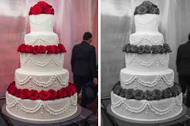 5 delicious examples of yummy wedding cake decorations