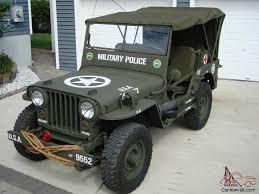 military police jeep jockey plaza presenta gran exhibición jeep automundo