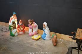 Outdoor Lighted Nativity Set - the difference auction northern california tool and collectible