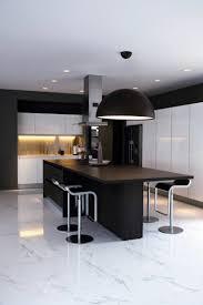 cuisine noir et blanc osez la décoration noir et blanc pour votre cuisine