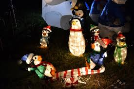 penguin decorations outdoor