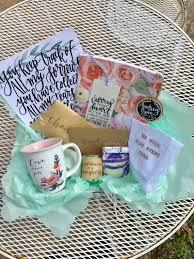 thinking of you gift baskets 513 best gift ideas images on gifts graduation
