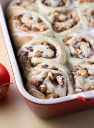baked apple cinnamon rolls