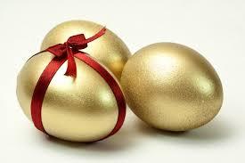 gold easter egg 50 best easter eggs ideas
