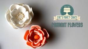flower fondant cakes how to make a fondant flower for your cakes how to cake decorating