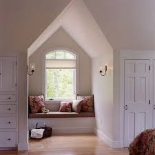 Cape Cod Window Seat I Love The Character Of Cape Cod Homes - Cape cod bedroom ideas
