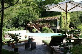 chambre d hote auvergne moulin de chhigne piscine spa situé en auvergne parc