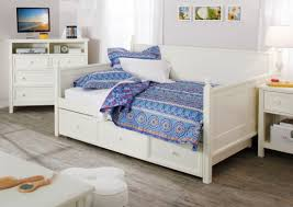 daybed bedroom stone cottage trellis daybed set with daybed sets