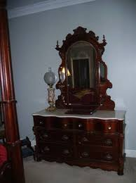 pulaski bedroom furniture 5 000 pulaski baker street discontinued bedroom furniture hard to