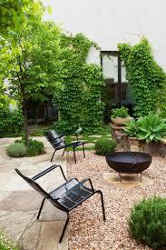 jardin paysager avec piscine aménagement jardin paysager moderne avec coin de détente en 80