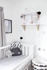 chambre bebe deco noir et blanc s invitent dans la chambre d enfant enfants noirs