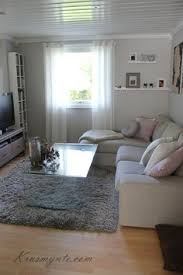 small living room decor ideas living room via vaaleanpunainen hirsitalo divaaniblogit fi