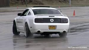 07 mustang gt cs trying to drift with a ford mustang gt cs