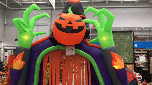 Halloween Inflatable Haunted House by Holiday Living 10 5 Ft X 6 66 Ft Animatronic Lighted Musical