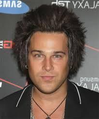 coupe pour cheveux pais génial coupe cheveux homme epais ondulé pour le visage rond