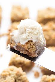 thanksgiving capitalized apple crumb bars truffles and trends