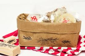 gift basket wrapping paper diy paper bag gift baskets hearts