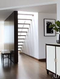 How To Do Minimalist Interior Design Maximalist And Minimalist Homes U2014which Do Top Designers Love
