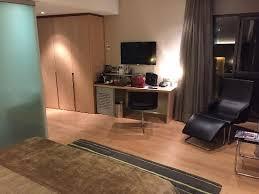 chambre à barcelone chambre spacieuse trés agréable chambre luxury photo de pullman
