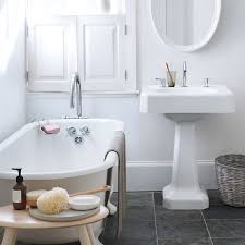 Clean Bathtub With Bleach Spring Cleaning 360 The Bathroom Martha Stewart