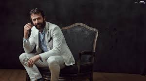 2 Person Armchair Armchair Man Purefoy A James Actor Jpg 2048 1152 ликови