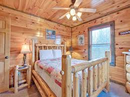 standing bear lodge cabin in gatlinburg w 5 br sleeps18