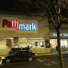 pathmark closed 10 photos u0026 27 reviews grocery 481 river