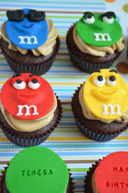 m m cake toppers m m cupcakes serendipity cakes by yvonne