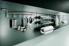range ustensiles cuisine comment agrandir une cuisine porcelaine blanche le