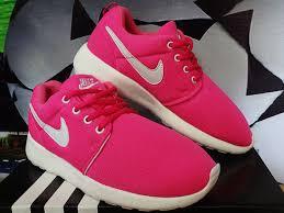 Sepatu Nike Running Wanita harga sepatu running wanita aerobik nike roshe run