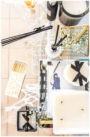 trend alert black and white home décor hedonistit