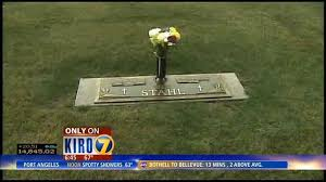 Vases Stolen From Cemetery Thieves In Redmond Stealing From The Dead Kiro Tv