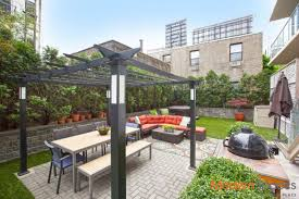 see it this lic apartment features a rooftop cabana with stellar
