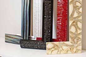 cornici fatte a mano realizzazione e vendita cornici in legno a brescia real cornice