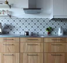 credence cuisine carreau ciment carreau ciment credence plan de travail cuisine id es mat riaux et
