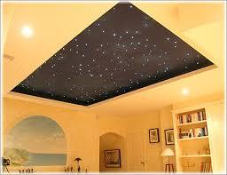 spot chambre luminaire intérieur création d espace avec spots au plafond