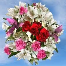 global roses die besten 25 alstroemeria wedding arrangements ideen auf