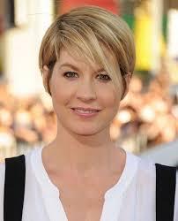 best short hairstyle for round face short easy haircuts for round faces hair