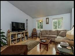 cozy and comfortable 3 bedroom house in narragansett 3 5 mile