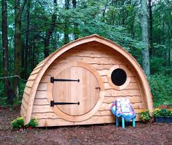 garden exquisite picture of unique shape pallet wooden dome cool