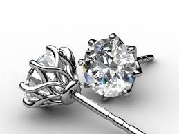 diamond stud earings best 25 diamond stud earrings ideas on ear rings