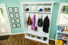 Mud Room Furniture by How To Diy Mudroom Storage Home U0026 Family Hallmark Channel