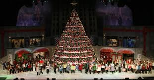 Singing Christmas Tree Lights Bellevue Baptist Church Singing Christmas Tree Pictures And Video