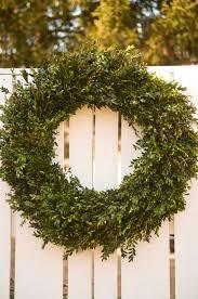 fresh large boxwood wreath 30 32 wreath