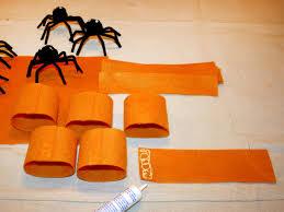 how to make spider napkin rings hgtv