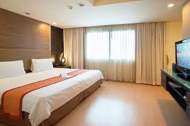 Hotel Suites With 2 Bedrooms Bedroom 2 Bedroom Hotel In Bangkok On Bedroom Throughout Hotels