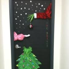 Christmas Door Decorating Contest Ideas Best 25 The Grinch Door Decorations For Ideas On Pinterest