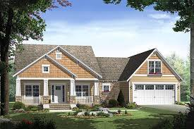 craftsman house plans one story craftsman style house plan 3 beds 2 00 baths 1800 sq ft plan 21 247